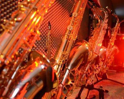 Saxophon-Trompeten-und-Klarinettenunterricht-in-Muenster  Saxophon kaufen a Saxophon Trompeten und Klarinettenunterricht in Muenster